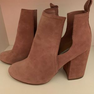 Steve Madden dusty rose booties